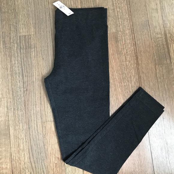 c3faf0dd194fe Lou & Grey Pants | Lou Grey Essential Leggings | Poshmark